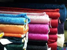 Velours de panne In veel kleuren  100% polyester € 2,50 pm
